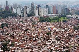 """Il futuro in europa: favelas ovvero """"baraccopoli o bidonville"""""""