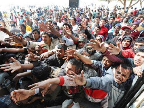 """Il PD: """"chissenefrega, ripopoleremo l'Italia con gli immigrati""""."""